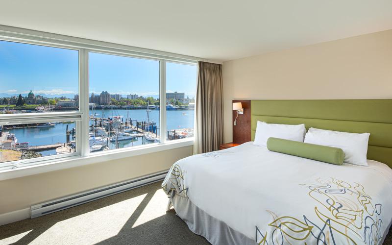 Room 506 Bed - Victoria Regent Hotel, Victoria