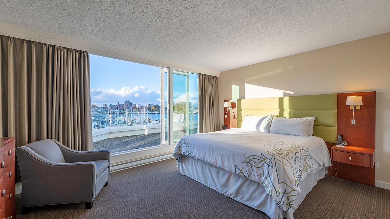 Mater Bedroom - Victoria Regent Hotel, Victoria